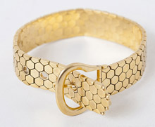 High Quality Designer 18k Gold Belt Form Bracelet