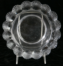 LALIQUE BOWL WITH SHELLS