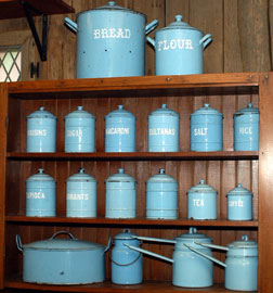 GRANITEWARE CANISTER SET