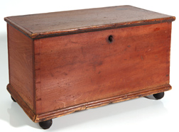 19TH CENTURY MINIATURE DOVETAILED BLANKET CHEST