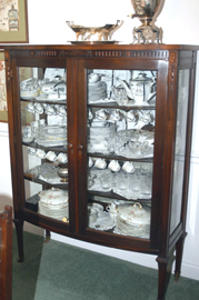 CHINA CABINET TO 10 PC. SUITE