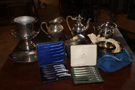 MANY FINE PCS. SILVERPLATE