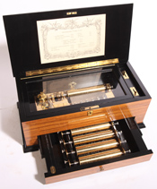 "REUGE 4 1/2"" INTERCHANGEABLE CYLINDER MUSIC BOX"