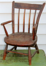 CHILD SIZE WINDSOR CHAIR