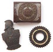 WWI CAP BADGES & BELT PLATE