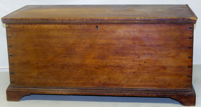 NICE DOVETAILED BLANKET CHEST